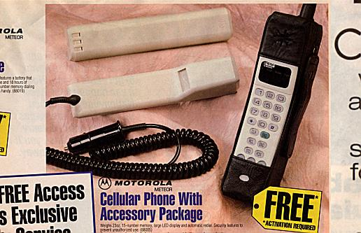 Motorola Cellular Phone w/ Accessory Pack